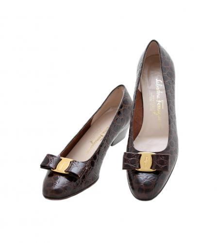 FERRAGAMO VARA BROWN LEATHER SHOES