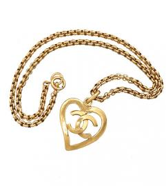 CHANEL HEART LONG NECKLACE GOLD TONE