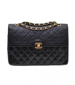 CHANEL BLACK FLAP BAG 25