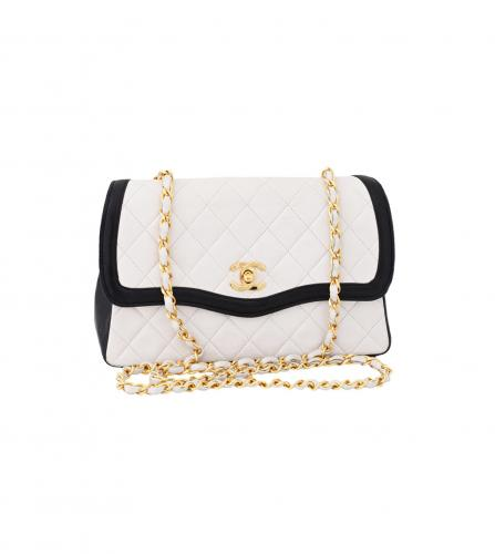 CHANEL VINTAGE NAVY TRIMED WHITE SHOULDER
