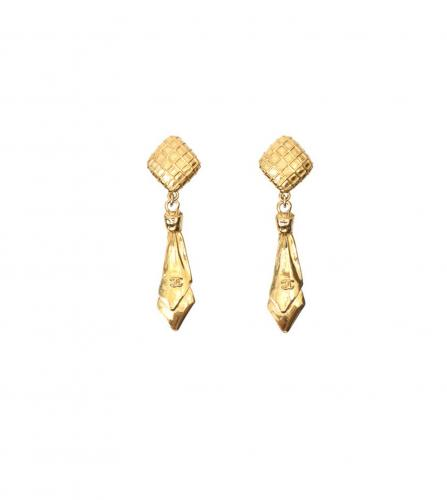 CHANEL TIE MOTIF EARRINGS
