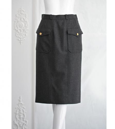 CHANEL GRAY WOOL SKIRT